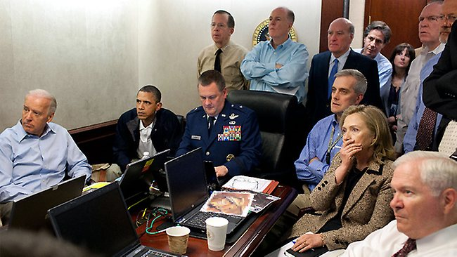 Obama-clinton-watch-bin-laden-raid