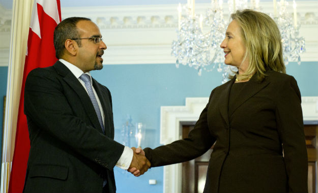 Bahraini Crown Prince Salman bin Hamad Al Khalifa and Hillary Clinton