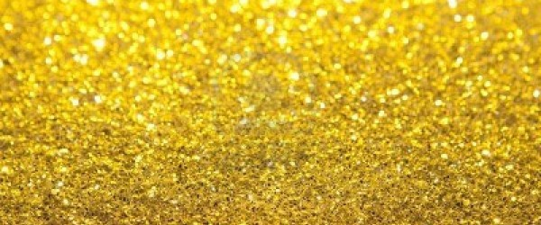 5734192-gold-glitter-selective-focus