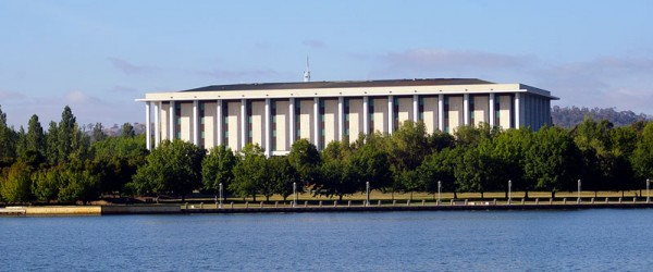 National_Library_of_Australia_viewed_across_Lake_Burley_Griffin_from_Commonwealth_Park