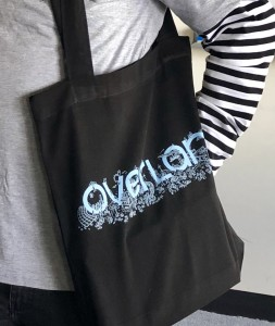 Overland tote (worn by Tony)